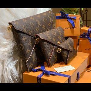 Louis Vuitton Bags - HP💥LV Pochette Kirigami MM w/ LV strap